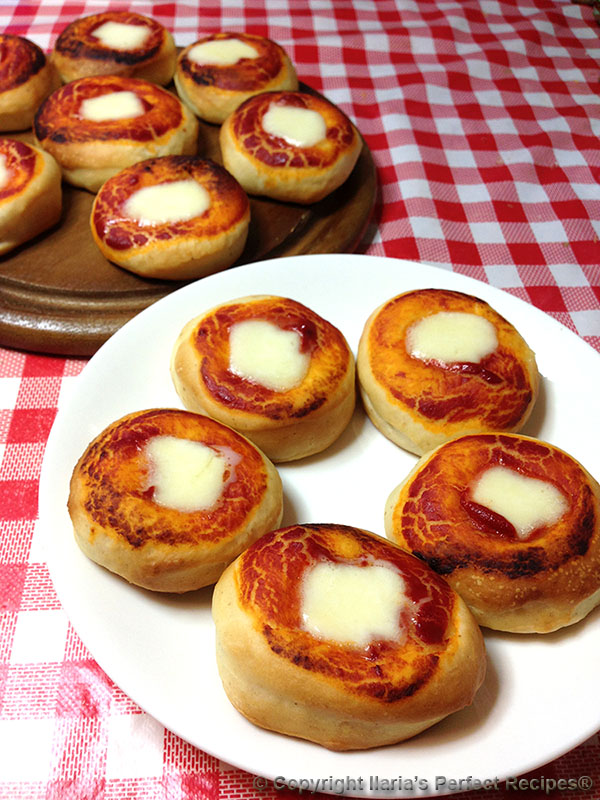 best pizzette little pizza fingerfood parties feast