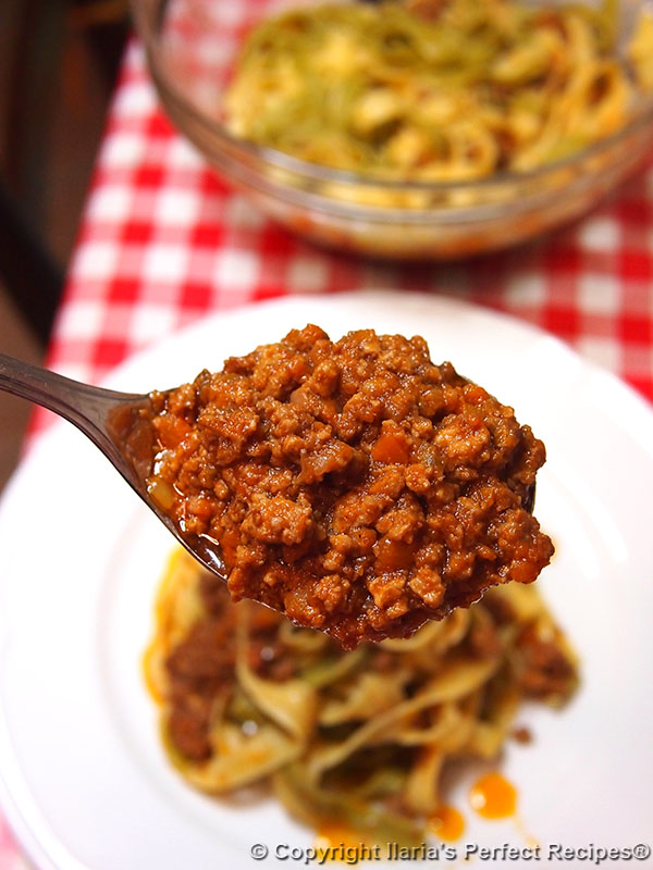 ultimate best authentic bolognese sauce
